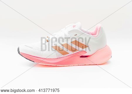 Roi Et, Thailand - March 15, 2021: The Adidas Alphatorsion 360 Women's Running Shoes Are Running Sho