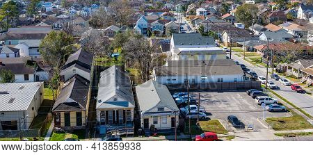 New Orleans, La - January 28: Aerial View Of Uptown Neighborhood At The Corner Of Cadiz And Willow S