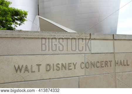 LOS ANGELES, SEPT 2, 2018:  Sign on the Walt Disney Concert Hall, the home of the LA Philharmonic orchestra and the LA Master Chorale.