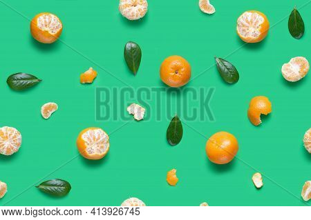 Tangerine Orange Seamless Pattern. Isolated Mandarin Pieces On Green Background. Flat Lay Of Whole A