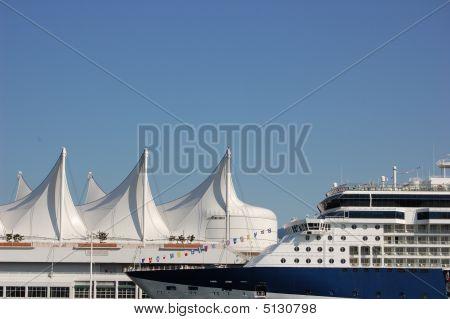 Cruiseship At Canada Place