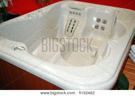 Big Bathtub Spa
