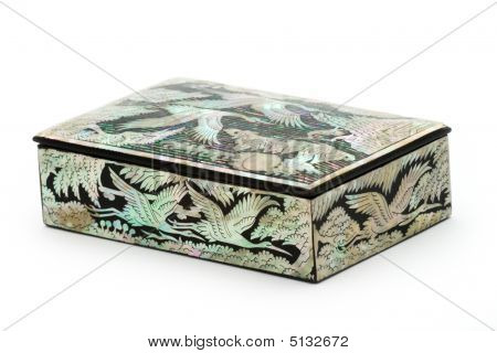 Nacre Box