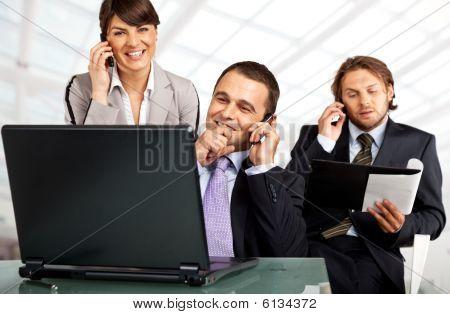 Laptop e telefoni di successo del Team