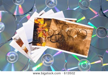 Compact Disk And Digital Photography