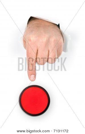 Dedo presionando botón de parada