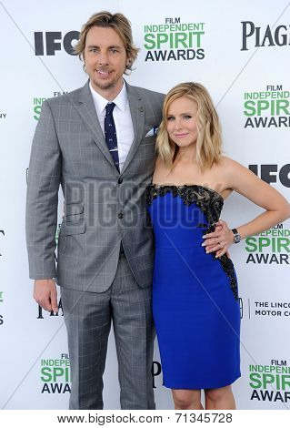 LOS ANGELES - MAR 01:  Dax Shepard & Kristen Bell arrives to the Film Independent Spirit Awards 2014  on March 01, 2014 in Santa Monica, CA.