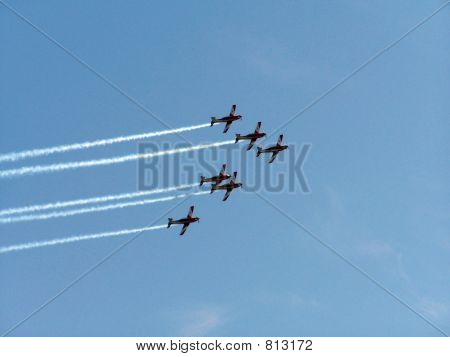 6 Fighter Planes In Formation