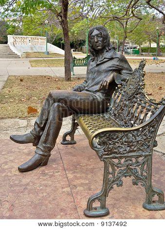 Statue of John Lennon