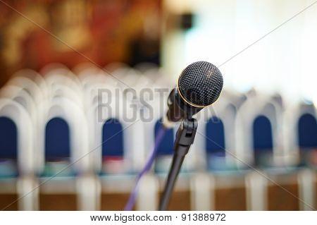 buiseness auditory