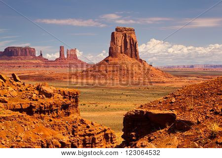 Monument Valley Sunny Day Sunset , Utah, USA