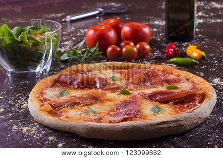 Traditional Ham Pizza