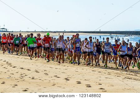 Xxv Athletic Traverse Rota's Beaches