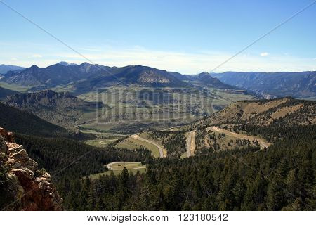 Dead Indian Mountain Pass from Cody Wyoming to Yellowstone National Park in Wyoming USA