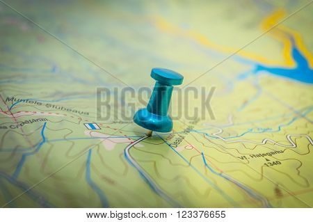 One blue pushpin embedded in the map