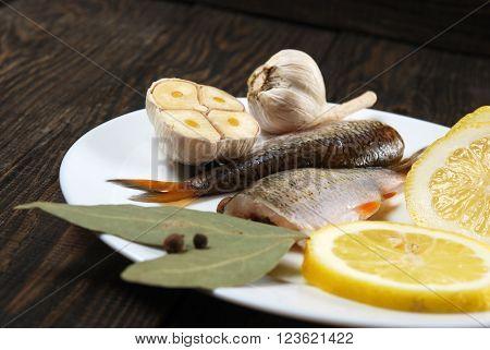 Raw Fish With Lemon