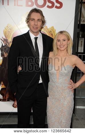 LOS ANGELES - MAR 28:  Dax Shepard, Kristen Bell at the The Boss World Premeire at the Village Theater on March 28, 2016 in Westwood, CA
