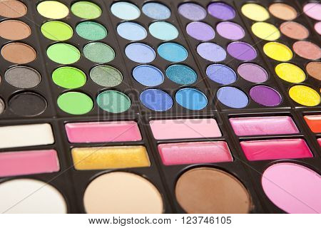 Makeup colorful eye shadow palettes