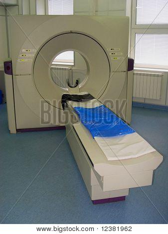 escáner tomográfico de computadora en hospital