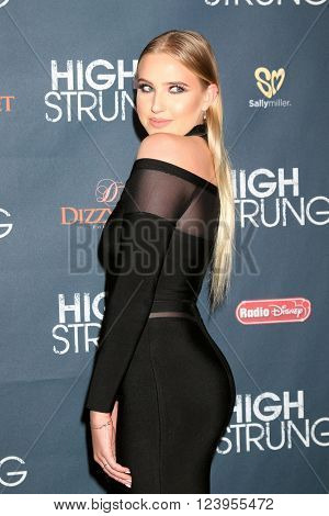 LOS ANGELES - MAR 29:  Veronica Dunne at the High Strung premiere at the TCL Chinese 6 Theaters on March 29, 2016 in Los Angeles, CA