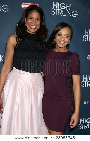 LOS ANGELES - MAR 29:  Nia Sioux, and her mother on left at the High Strung premiere at the TCL Chinese 6 Theaters on March 29, 2016 in Los Angeles, CA