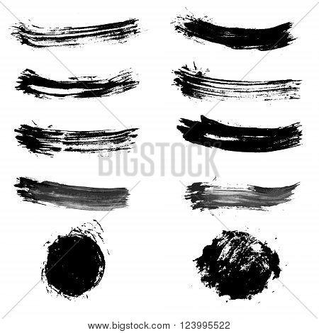 Set of brush strokes. Brush stroke collection. Brush strokes in vector. Grunge brush strokes. Vector design element.
