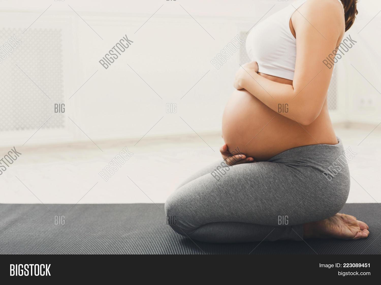 Yoga motherhood pregnancy powerpoint template yoga motherhood your text toneelgroepblik Image collections