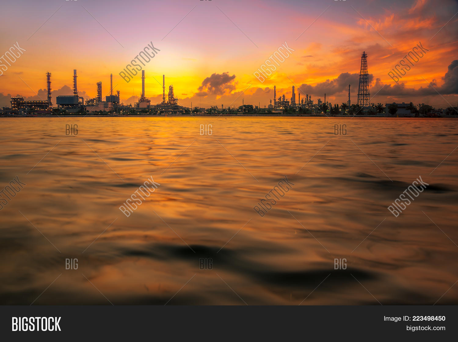 Environment industry oil gas PowerPoint Template - Environment ...