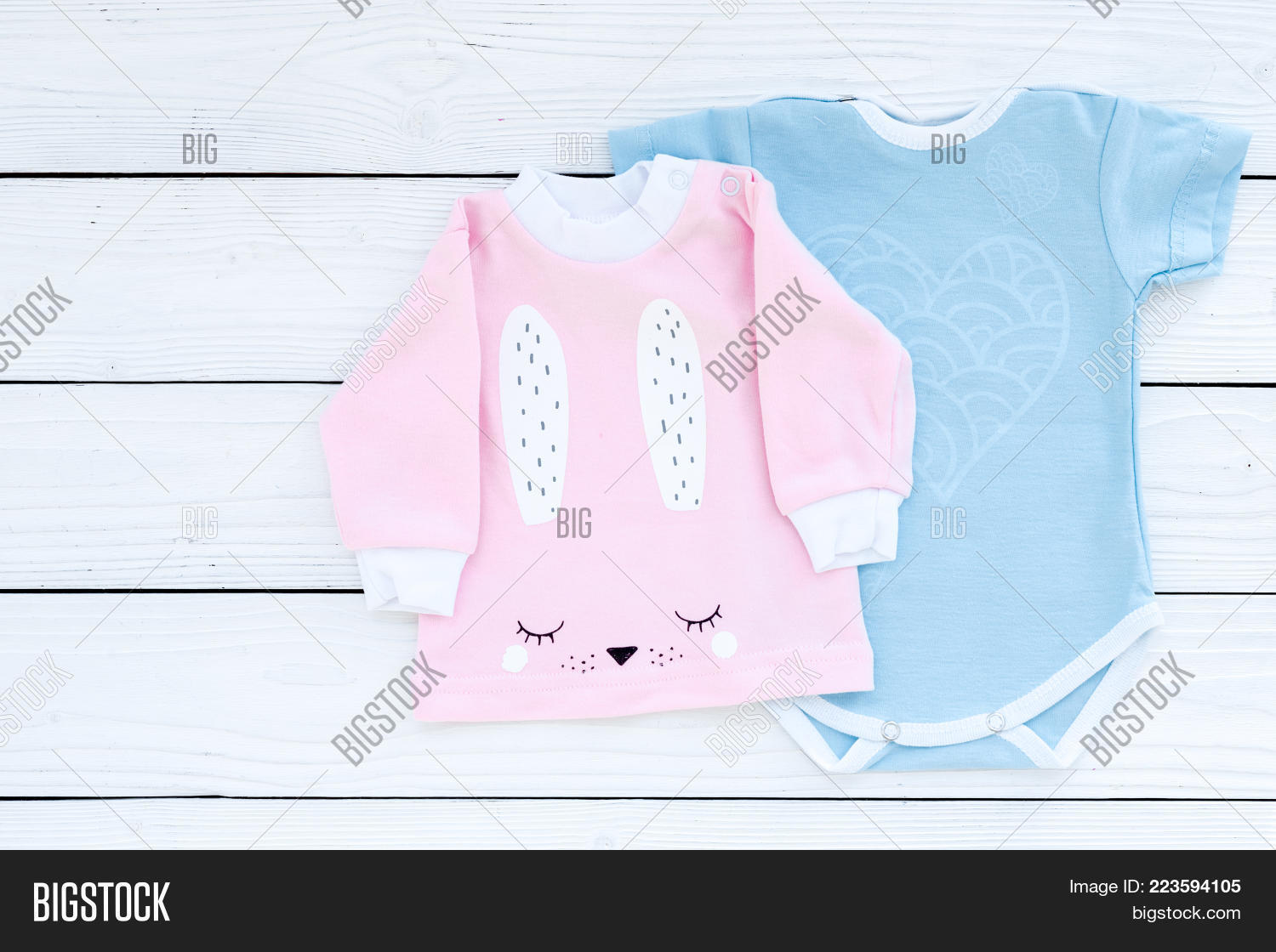 baby concept baby clothes powerpoint template baby concept baby