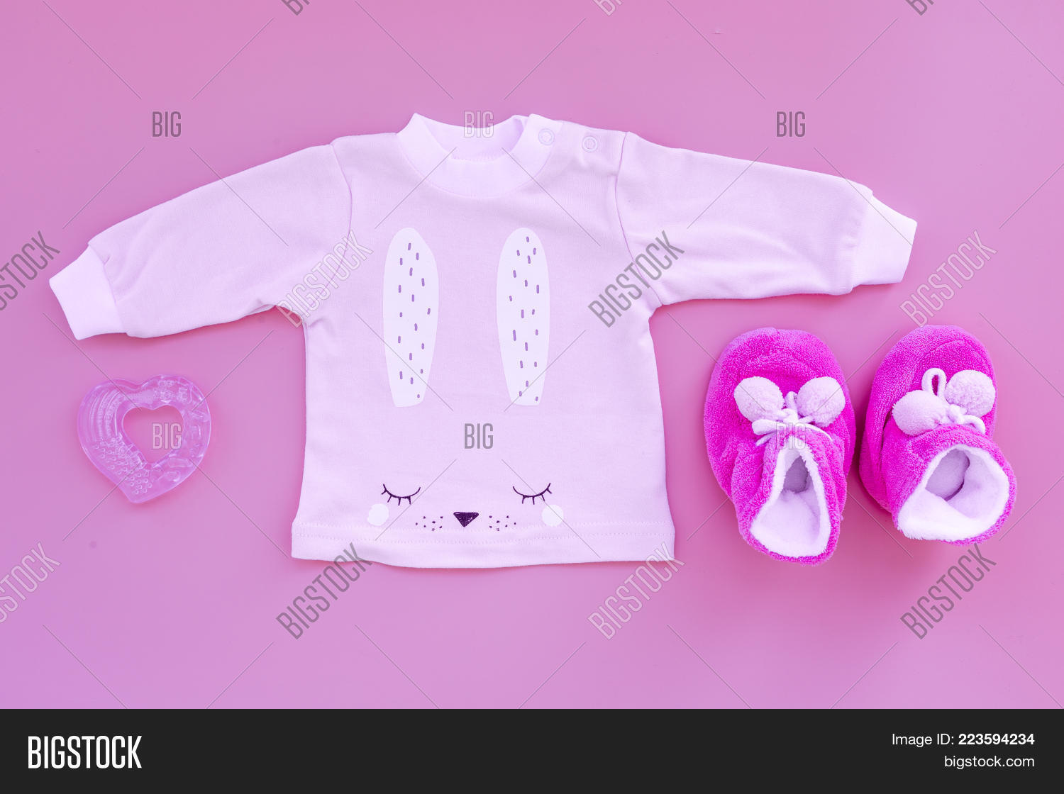 childhood baby cute pink powerpoint template childhood baby cute