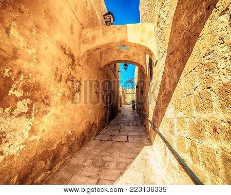 Victoria, Gozo island, Malta: narrow street in the Cittadella, also known as Citadel, Castello