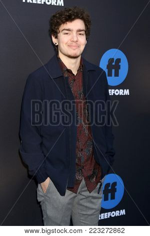 LOS ANGELES - JAN 18:  Elliot Fletcher at the Freeform Summit 2018 at NeueHouse on January 18, 2018 in Los Angeles, CA