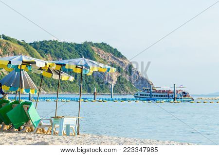 Beautiful Sky With Sea And Boat Tour Background Pattaya City At Koh Lan Thailand.