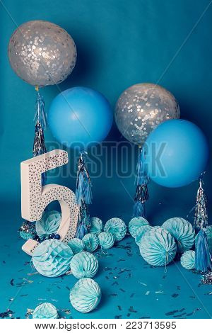 design for photo shoot locations for birthday five years in the blue style balls and figure 5