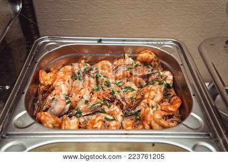 Backed Shrimps in a shrimp in sour cream sauce.