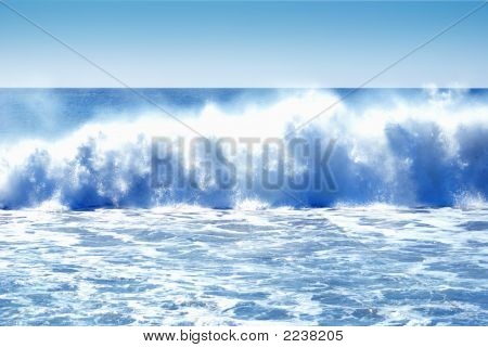 Huge Crashing Waves