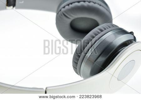 Wireless Headphones With Mini Usb Adapter V4.0