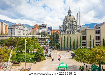 Medellin January 2018 In Botero Square, in the centre of Medellin, there is an exhibit of 23 works of the artist Botero and two water fountains made ​​by master. The square is visited by thousands of persons every day.