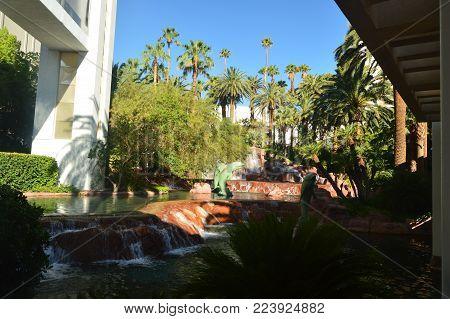 Beautiful Fountain Of One Of The Las Vegas Strip Hotels. Travel Vacation June 26, 2017. Las Vegas Strip, Las Vegas Nevada USA EEUU.