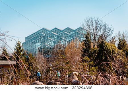 Grand Rapids, Mi /usa - April 16th 2016: Spring View Of The Greenhouses At The Frederik Meijer Garde