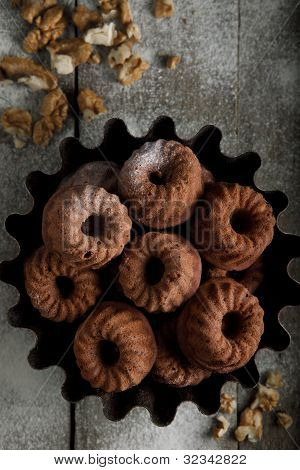 Cookes With Walnut