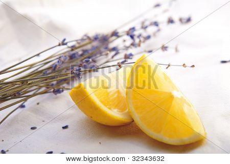 Fresh Lemon With Lavender