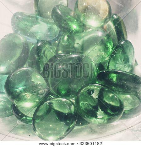 Brillo Verde Piedras Cristal Reflejos Luz Esmeralda