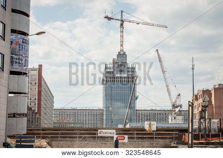 Lyon, France - July 17, 2019: Cranes On A Construction Site Of A Skyscraper In The Lyon Part Dieu Di