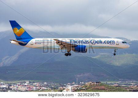 Las Palmas / Spain - November 26, 2015: Thomas Cook Airlines Boeing 757-200 G-wjan Passenger Charter