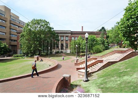 Raleigh,nc/usa - 4-25-2019: Students Walking On The Campus Of North Carolina State University In Ral