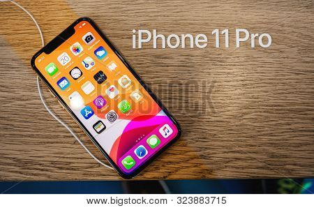 Paris, France - Sep 20, 2019: New Iphone 11 Pro With Retina Xdr Oled Screen Displayed In Apple Store