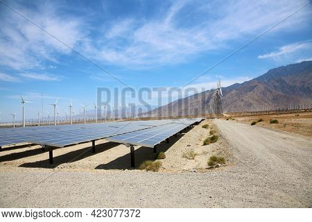 solar panels in a photovoltaic power station. Solar power panels. Solar power plants. Solar panels in California.