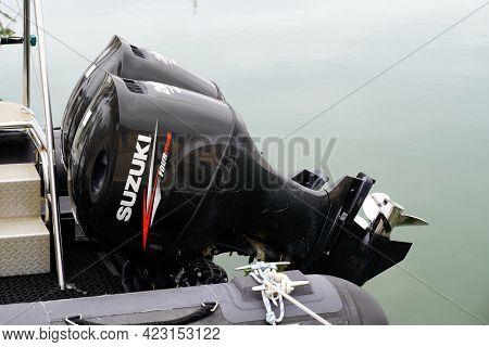 Bordeaux , Aquitaine France - 06 06 2021 : Yamaha Logo Sign Brand Outboard Motor Marine Engine Boat