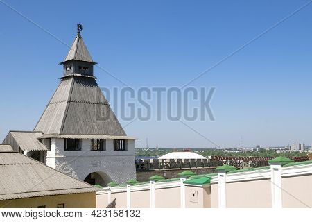 Kazan, Russia - May 19, 2021. View Of The Ancient Historical Spasskaya Tower And The Wall Of The Kaz
